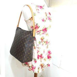 🌸OFFERS?🌸💯%Authentic Louis Vuitton Monogram Bag
